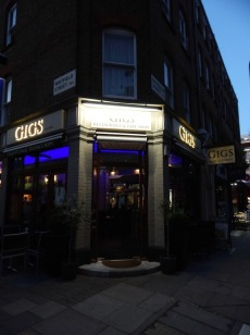 Fish and Chips in Fitzrovia (6)